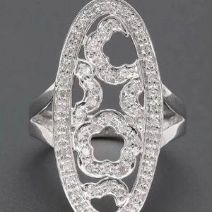 Jewelry - 14K white gold diamond floral ring sz 7.25